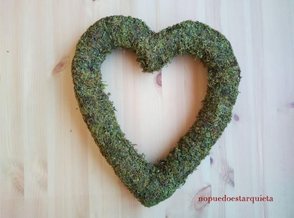 Corazón de musgo para decorar. DIY