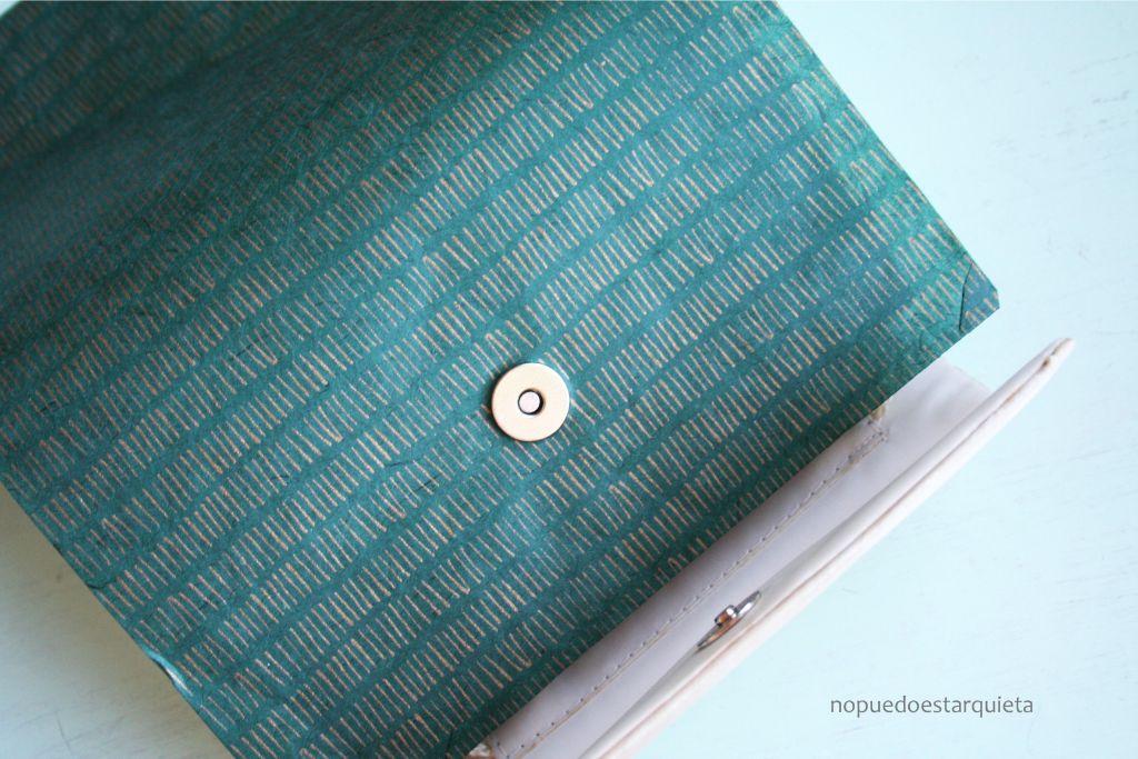 bolso reciclado con decoupage nopuedoestarquieta