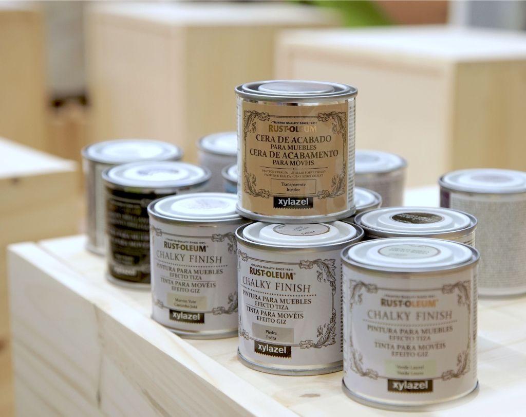 Taller chalk paint en Leroy Merlín con Inventando baldosas Amarillas, Xylazel y Nespoli-Rulo pluma.