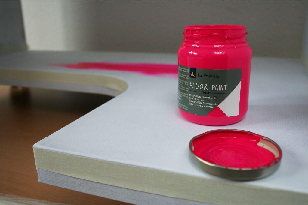 Cómo pintar muebles. Muebles fluor
