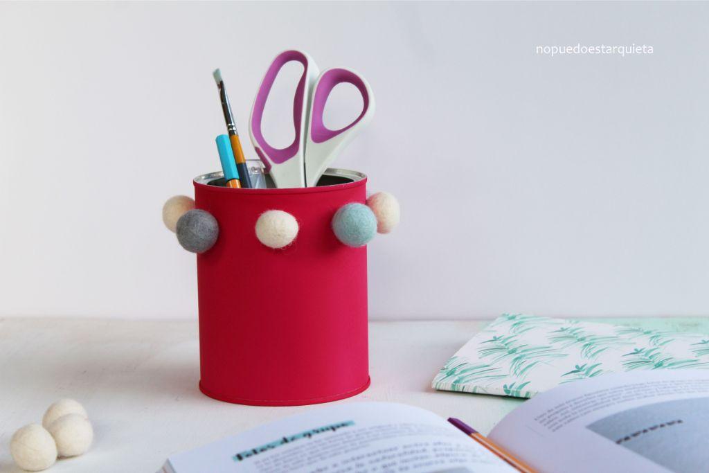Hacer un portalápices decorando una lata. Niños. Diy